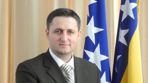 Otvoreno pismo Denisa Bećirovića Mladenu Ivaniću